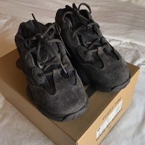1a5631fe3a369 adidas Shoes - Yeezy 500 in Utility Black - women s 7 men s 6